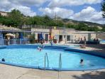 Open air pool 8 minutes away at St Saturnin