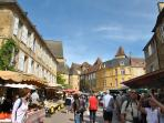 Historic Sarlat and famous market, music festivals, entertainment and restaurants, shops, museums.