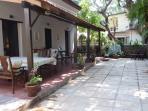 Garden, with Veranda en Patio, providing shade and privacy