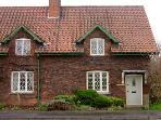 Knavesmire Cottage