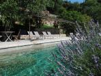 Comfortable mansion of Provence with pool