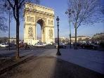 Lovely Paris Apartment for Two:Arc de Triomphe