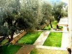 Oppulent Gardens