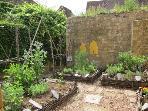 Jardins Zig-zag, Gourdon. Medieval inspired gardens.
