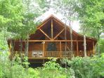 Secluded log cabin - sleeps 4