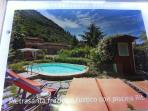 Quiet 4 bedroom house near quaint Tuscan hamlet, beautiful views, private pools
