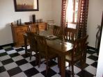 Dining Room - 6 settings plus highchair