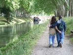 Take a stroll along the tranquil 'Canal du Midi'