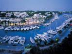 The apartment has a great view of the internationally renowned Marina Cala D'or.