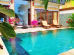 Private swimming pool in Villa Caly.