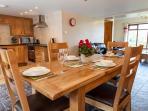 Kitchen /Dinning area