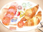 FULL ENGLISH/CONTINENTAL BREAKFAST CAN BE ORDERED AND DELIVERED TO COTTAGE