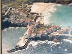 foto aérea, puerto y playa
