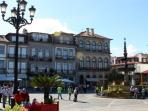 Many shops can be found in nearby Ponte de Lima, including small boutiques and coffee shops.
