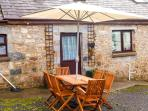 Keepers Cottage - COASTAL WOOD HOLIDAYS - Nr beaches, Amroth, Pendine and Tenby