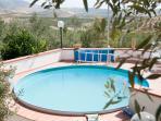 piscinna familiare per gli ospiti