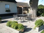 patio area outside the Granary at Benhall Farm Ross on Wye