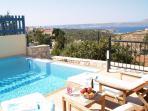 Villa Orroco Infinity Pool and Sun-Loungers