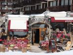 Infamous Grizzly's pub - 75 metres away
