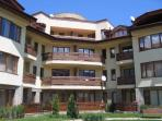 The Tangra Apartments.Ideally located within easy walking distance of the gondola and the old town.