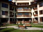 Relaxing gardens at the Tangra Apartments