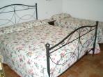 Camera doppia con letto singolo