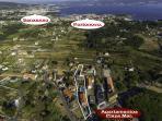 Fotografía aérea donde se observa la cercanía de nuestras instalaciones con Sanxenxo y Portonovo