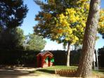 Zona de juegos para niños / jardin