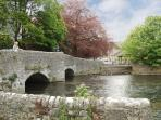 Ashford in the Water - country walks, cafes & pubs