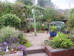 Small private gardenh - catches the sun - just the place for a glass of wine!
