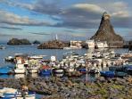 Surroundings: fishmen village Acitrezza