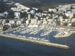 Club de vela Puerto Cala Nova 5 min a pie