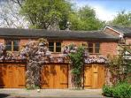 THE COACH HOUSE - wisteria in abundance and plenty of private parking too!
