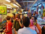 Enjoy the local famed pasar malam (nightmarket).