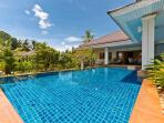 Koh Samui Villa, 3 bedroooms & large swimming pool