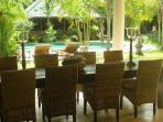 Garden terrace dining