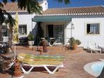 Girassol front terrace entrance - Wheel chair friendly ramps
