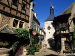 Bourbon Lancy ville thermale avec ses thermes et sont centre de thalassothérapie et sont histoire
