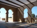 Mezzé / Covered terrace / Terraza cubierta