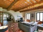 Luxury Casa Padrone: sitting room through to dining room