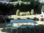 colazione nel giardino