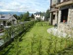 Apartamento nuevo con jardín y vistas en Osseja