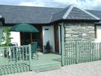 Sundowner Cottage in secluded location, 1 mile from Kingussie.