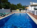 Villa Cañadú- BEAUTIFUL 4 BEDROOMS, POOL, A/C, WIF