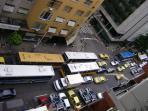 vue : l'avenue de copacabana par la fenêtre