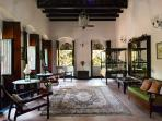 Quinta Portuguesa - Luxury Heritage Portuguese Country Estate - Living room