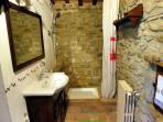 Agriturismo Bed & Breakfast in Castiglion Fiorentino Tuscany la  Madonnina