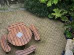 Enjoy a Barbeque in courtyard garden