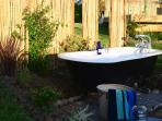 COLD WATER BATH IN THE GARDEN FOR THOSE HOT DAYS