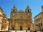 Mdina Carhedral , 2 minutes walk from 'Mdina View' Town House